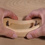 Finger-tip grip of Travisher